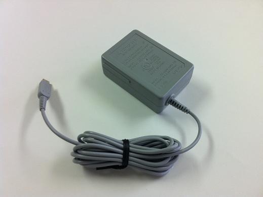画像1: NDS DSi用  ACアダプター(箱なし) 【新品】